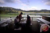 Foreign guests of star rated hotels in Manado stay longer