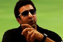 Wasim Akram says Saqlain's presence will make a difference in England's performance