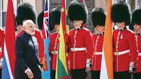 Narendra Modi, 52 leaders meet at CHOGM