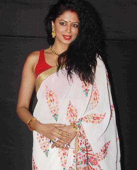 PIX: Kavita Kaushik, Sharman Joshi at an awards ceremony