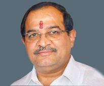 Uddhav should apologise: Vikhe-Patil