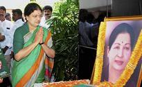 Jayalalithaa refused to go to hospital, Sasikala claims in affidavit