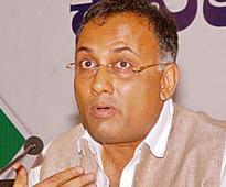 Bengaluru: Congress sends Times Now and Republic TV reporters away from press meet