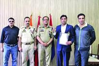 ADGP Armed felicitates medal winning fencer JKP bags silver in 26th Senior National Fencing C'ship