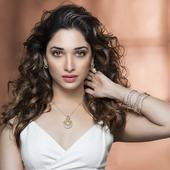 Tamannaah Bhatia to star in the Hindi remake of Oopiri?