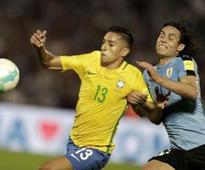 Brazil destroys Uruguay, Argentina survives in qualifiers