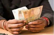 Rs 500 notes still in short supply at banks, ATMs