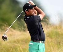 Shiv Kapur Lies 8th at Abu Dhabi Golf