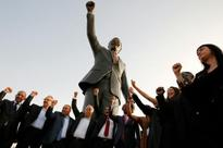 Yesterday Palestinians unveil giant Mandela statue