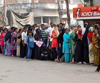 India rupee ban: No respite for customers in queues at banks and ATMs