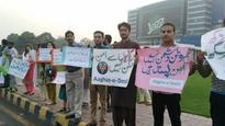 Aaghaz-e-Dosti against war hysteria between India-Pak, peace demonstration held in Lahore
