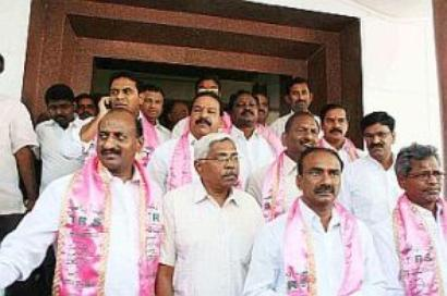 25 legislators suspended for stalling AP Assembly