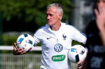 French coach Deschamps to sue Cantona over squad comments
