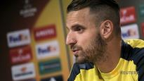 Villarreal's Soldado set to be out until next year with knee injury