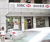 UK bank HSBC to halve India branches, throw out lots of staff
