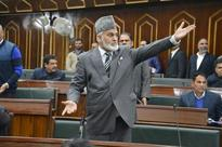Transport Minister misusing official position: Saroori