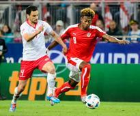 All-round Alaba helps Austria take flight