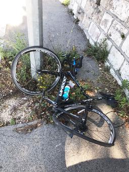 Tour de France champ unhurt after hit-and-run case