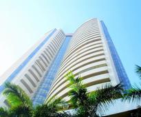 Sensex up 118 pionts after firm start; Oil stocks rise
