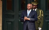 Angolan leader's pledge to quit in doubt