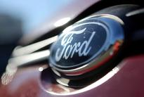 Ford bets on low oil prices, moves Focus production to China