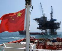 Crude oil output fell 9.8 percent in China