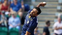 Bopara's four wickets take Essex off bottom
