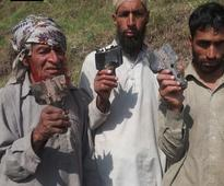 Pakistan pounds IB villages with mortar bombs