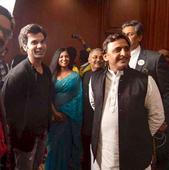 Rajkumar Rao meets Akhilesh Yadav