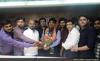 Former Executive Editor Of Shiv Sena's Hindi Mouthpiece Joins BJP