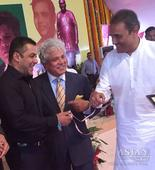 What is Suhel doing with Salman?