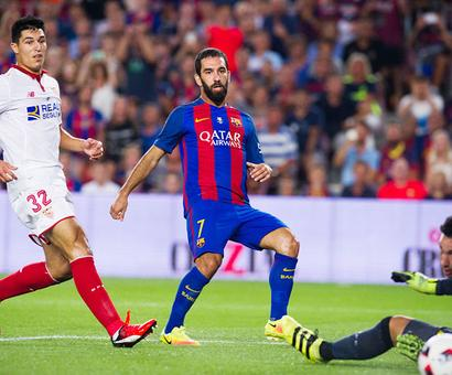 Marvellous Turan fires Barcelona to Super Cup glory