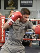 Trainer: Vargas will conquer Pacquiao
