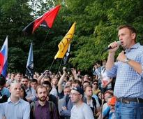 Russian court annuls ruling against opposition leader Alexei Navalny