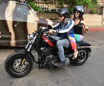 Sidharth Malhotra and Jacqueline Fernandez set out on a Monsoon bike ride!