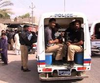 Three women, minor girl among 5 shot dead in Karachi