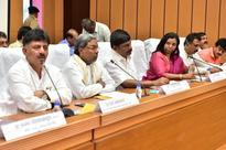 Karnataka leaders put aside Cauvery issue to pay homage to Jayalalithaa