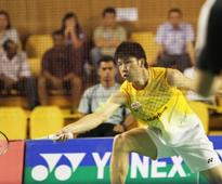 Back-up shuttlers come to the rescue as Daren crashes out