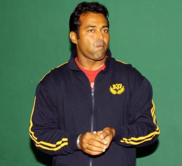 Paes dropped; Bhambri, Myneni back in Davis Cup squad
