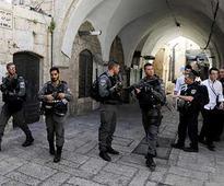 Jerusalem holy site conflict: Israel to remove metal detectors after multiple incidents of violence
