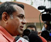 Paresh Rawal apologises for 'bar-wala' retort to Congress' chai-wala jibe