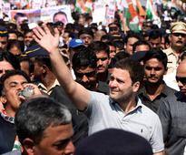 Rahul Gandhi's padyatra halts traffic in Mumbai