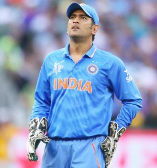 BCCI announces new contracts; Dhoni and Ashwin relegated