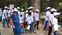 Orphanage kids visit Mysuru zoo