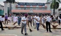 Cleanliness icon turns attention to city's ghats
