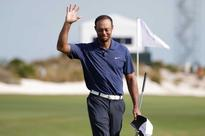 Tiger Woods turns the clock back with a 7-und...