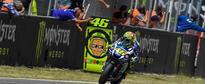 Rossi Gives MotoGP Masterclass in Barcelona as Iannone Guns Lorenzo Down