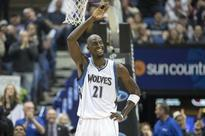 Garnett signs on as Clippers consultant