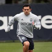 Sounders FC sign forward Herculez Gomez