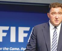 Fifa man Scala resigns in reform row